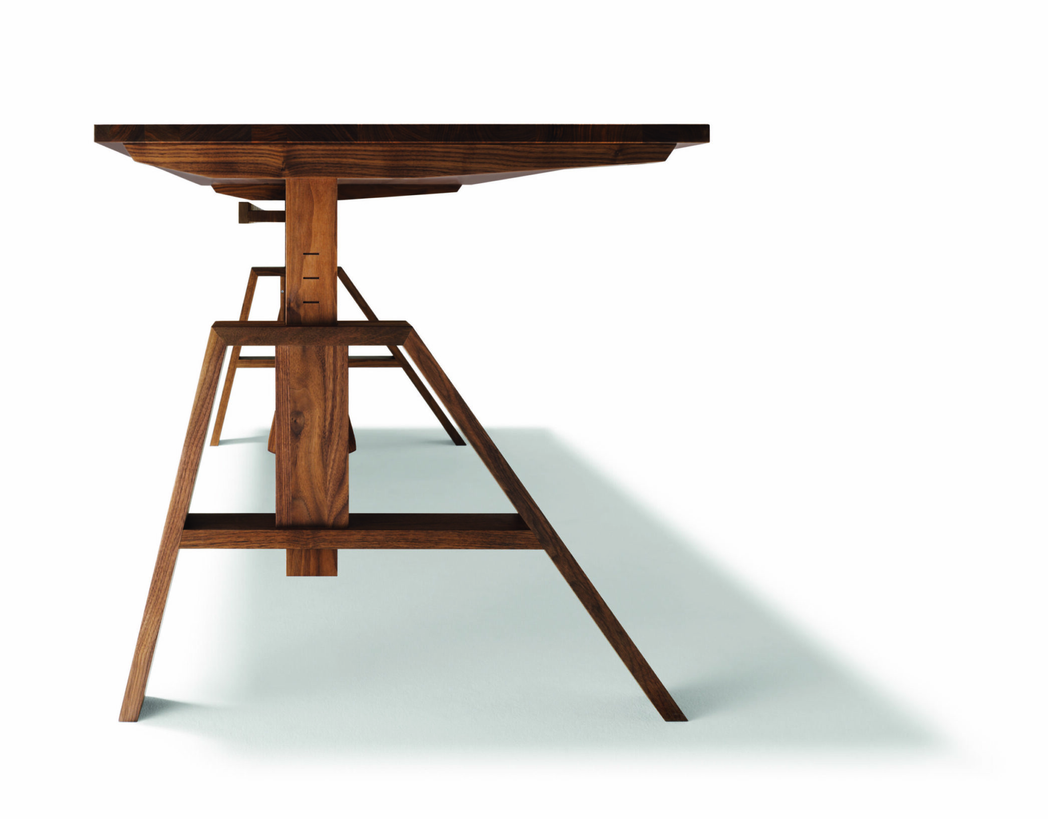 Atelier_Tisch_Seite_5_Höhen_stufe3